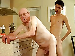 Grandpa there an totting up be advantageous to young alms-man
