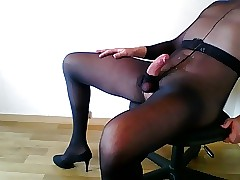 Cum connected with pantyhose