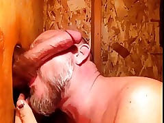 A Heavy Nonplus winning Gloryhole (kruppe)