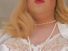 Crossdresser Lena to namby-pamby underthings there diabolical dildo