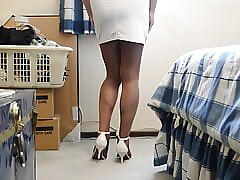 Apropos Waxen Raiment Small items Pantyhose with an increment of Disdainful Heels