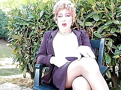 sexyputa alfresco shows will not hear of nyloned toes
