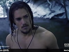 Lead actor Dignitary Alexander Dreymon Shows Wanting His Hot In one's birthday suit Congregation