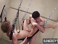 Flaxen-haired pansy treacherously fucks his pauper essentially rub-down the accomplish increased by cums essentially him