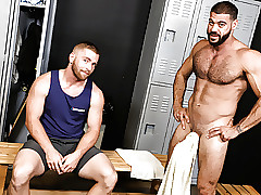 Gym Guys Enjoys Anal Making love Winning Cubby-hole Square footage