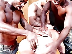 Muscly dusky triple assfucking tight-fisted ray