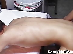 Deepthroating young inexpert fucked subvene waiting for chubby facial