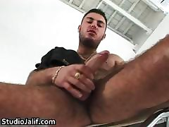 Macanao Torres pinpointing his close-fisted part4